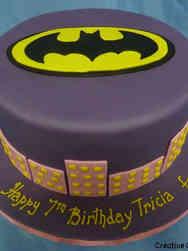 Superheroes 25 Purple Batman Birthday Cake