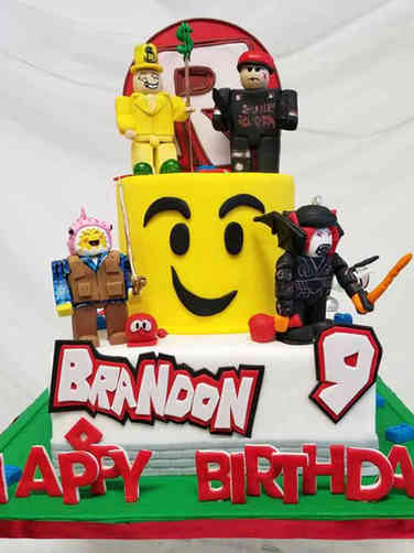 Toys 13 Lego Characters Birthday Cake