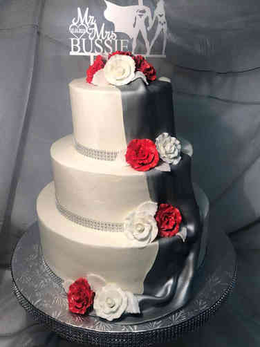 Elegant 29 Metallic Drape Wedding Cake