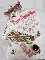 Winter 03 Festive Large Gingerbread House