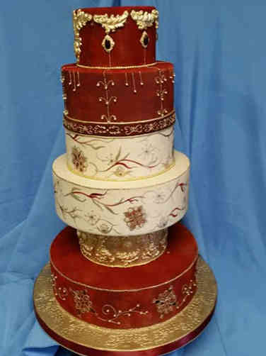 Unique 26 Sari Inspired Wedding Cake