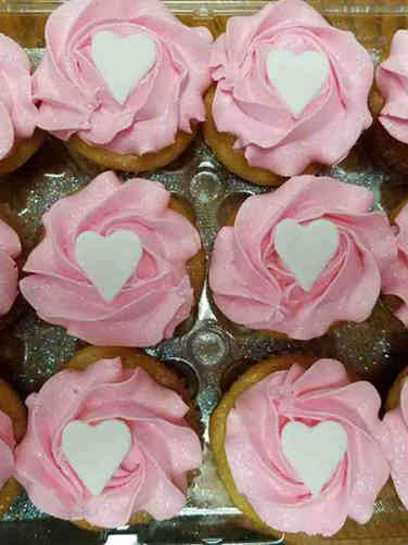 Kids 10 Pink and White Hearts Birthday Cupcakes