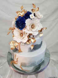 Trendy 30 Opulent Marble and Floral Wedding Cake