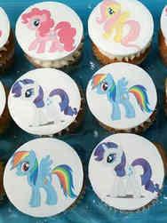 Kids 02 My Little Pony Birthday Cupcakes