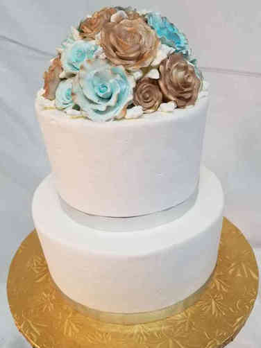 Simple 04 Blue and Gold Roses Wedding Cake