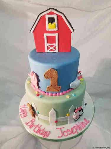 Neutral 31 Farmyard Fun First Birthday Cake