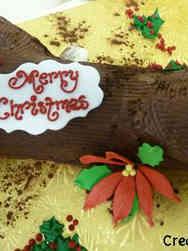 Winter 16 Buche de Noel Christmas Cake