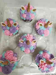 Kids 12 Fancy Unicorn Birthday Cupcakes