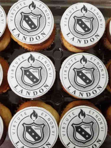 Other 29 Landon School Graduation Cupcakes