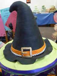 Autumn 08 Witch's Hat Halloween Cake