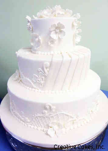 Elegant 14 Intricate White Wedding Cake