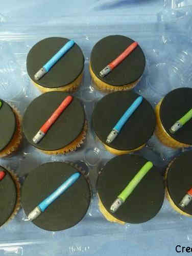 Kids 24 Little Lightsabers Birthday Cupcakes