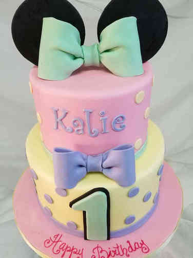 Girls 32 Minnie Mouse Princess First Birthday Cake