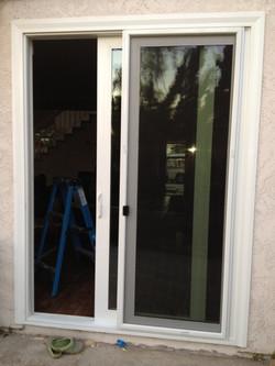 XO Sliding Door