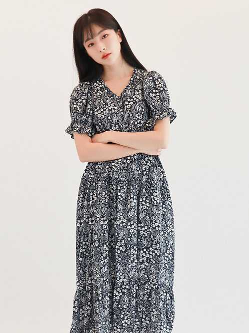 [Monteeth] Mongsang Dress in Floral Navy