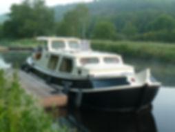 Peniche Antares au ponton sur le Blavet