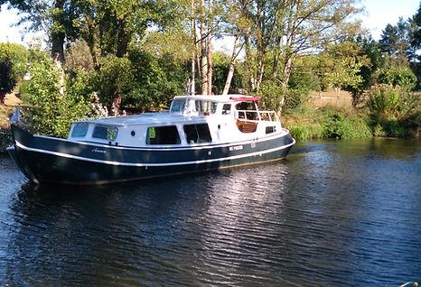 Anna cruising on the Nantes Brest canal near Rohan