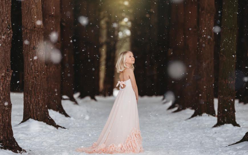 KSP_2020_Child_Evvie_012_snow.jpg