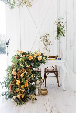 Beautiful Sweatheart Table Flower