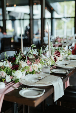Brautiful Table Centerpieces For the Lake House Wedding