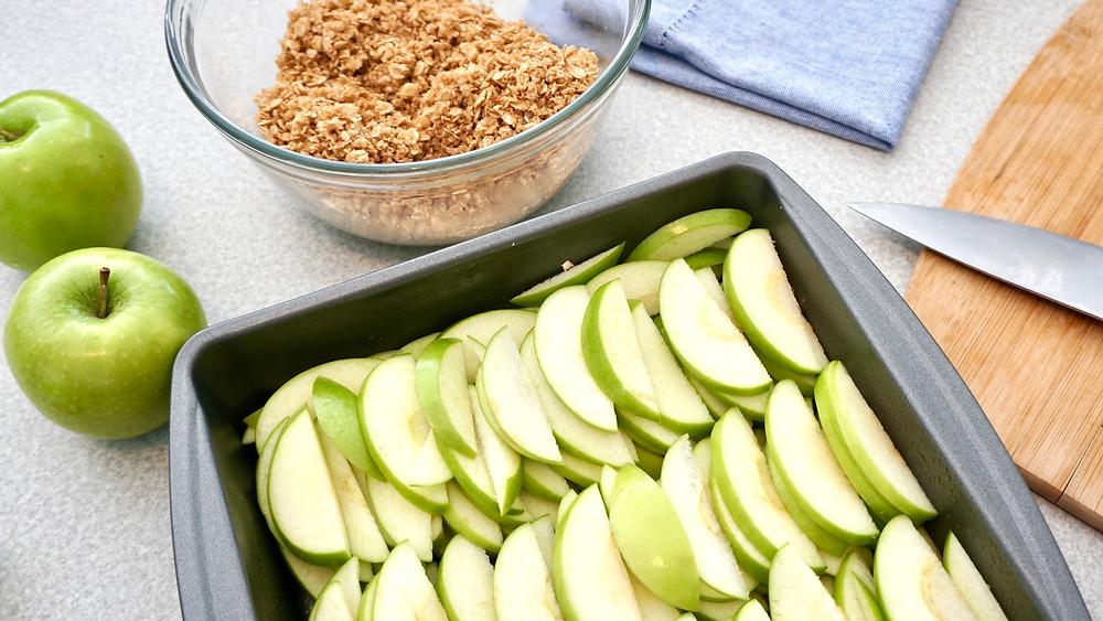 Postre saludable de manzana y avena bajo en calorías