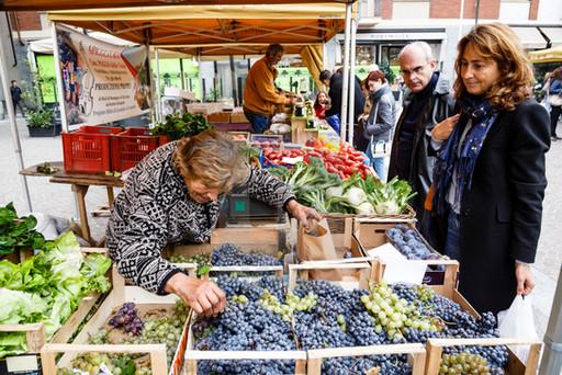 03 Market Alba.jpg
