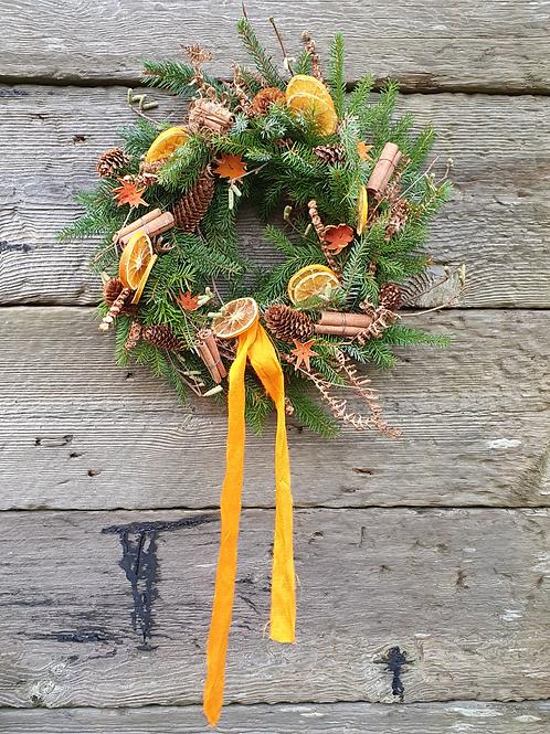 A Golden Christmas Wreath
