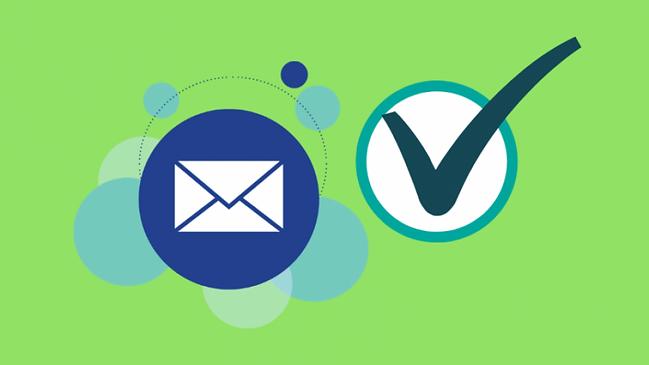 Logiciels-verifier-liste-email-960x480-o