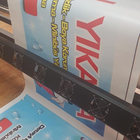 branda iç mekan dış mekan baskı makinesi,kaliteli baskı makinesi, dijital baskı makinesi, tabela, afiş,poster