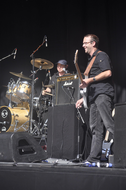 Küse (Git) DW (drums)