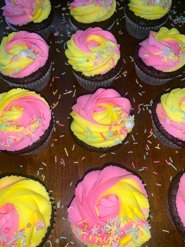 pink and yellow cupakes.jpg