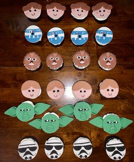 star wars cupcakes.jpg