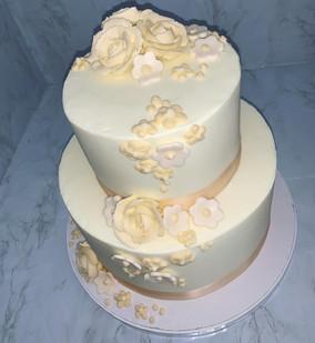 ivory and white cake.JP