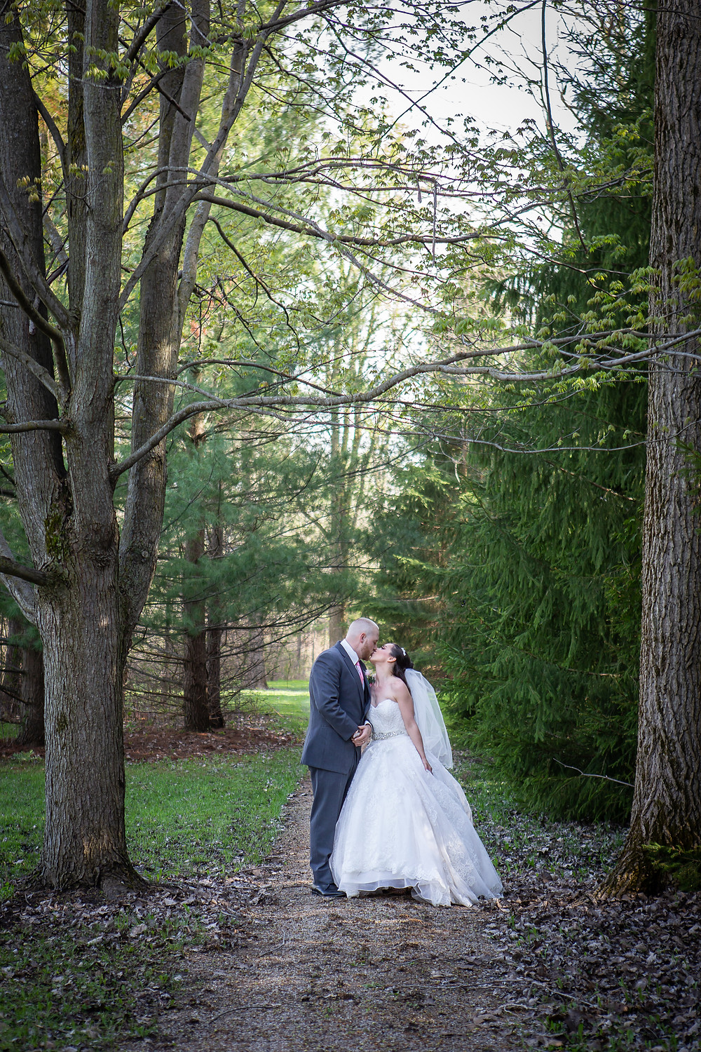 Lori Beneteau Photography London Ontario Wedding Photographer