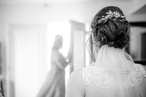 Lori Beneteau Photography wedding photographer London Ontario Sarnia Strathroy Chatham Sombra