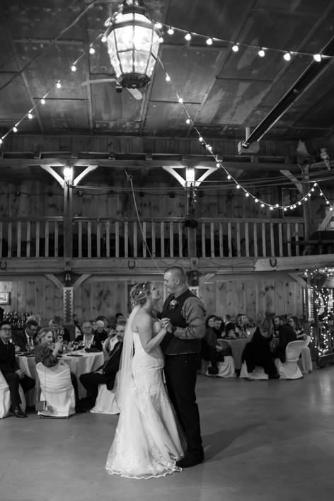 Lori Beneteau Photography wedding photographer London Ontario Woodstock