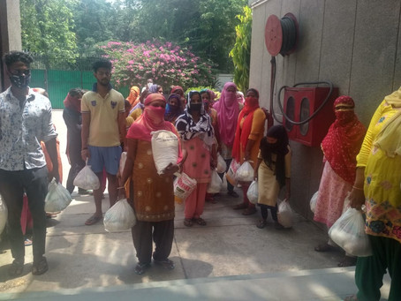 4B Foundation ने CSEI, व चर्च और मंजिल संस्था के सहयोग से  कुसुमपुर पहाड़ी में राशन वितरण किया।