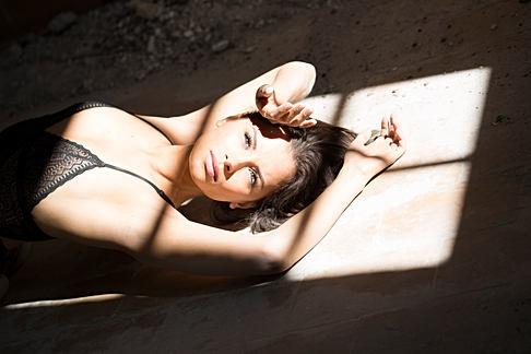 Portrait féminin - site urbex - Belgique