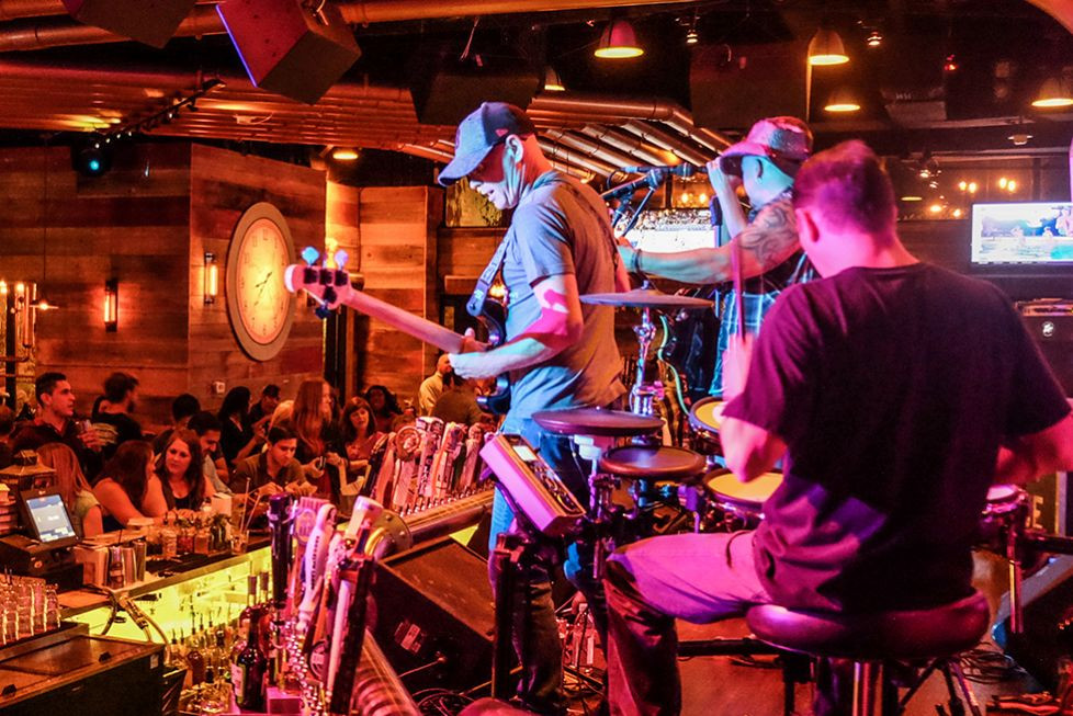 LIVE MUSIC AT COPPER BLUES ROCK PUB AND KITCHEN