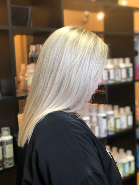 Icy Highlight | Cut
