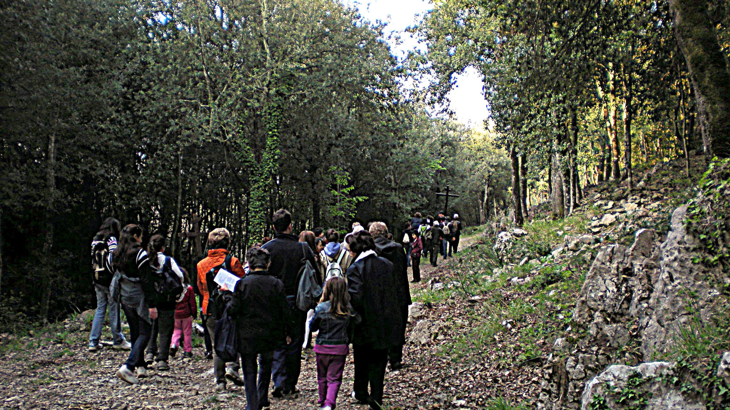 Easter walk2