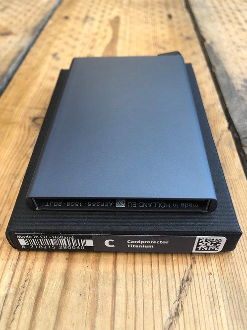 Secrid Card Protector in Titanium