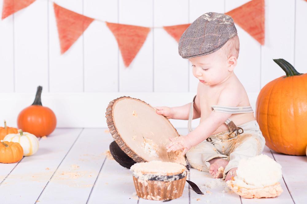 child photographer lancaster cake smash