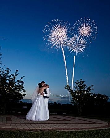 WEDDING FIREWORKS PHOTOGRAPHER ASPEN CO ASHEVILLE LANCASTER COKER RANCH CHARLOTTE ELEGANT UPSCALE