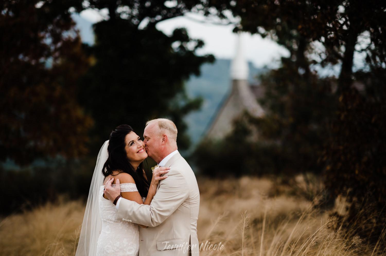 GLASSY CHAPEL WEDDING SPARTANBURG WEDDING PHOTOGRAPHERS