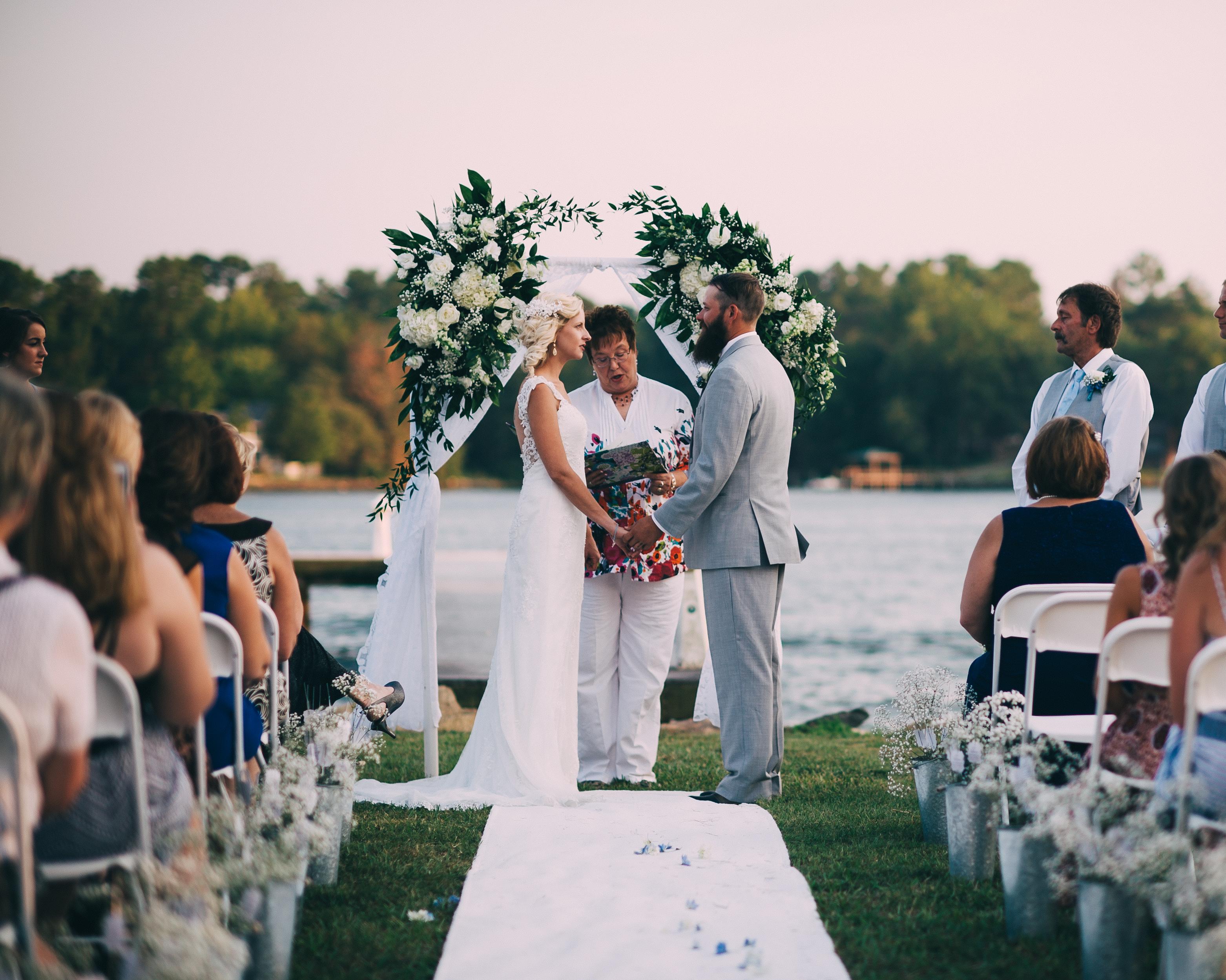 LAKE WYLIE WEDDING PHOTOGRAPERS