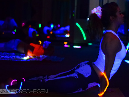 Glow Yoga at The Yoga Oasis | My Thoughts on Freetography | My Images Stolen