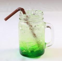 น้ำเขียวโซดา