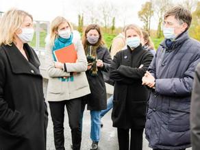 Visite de la Ministre de la Transition écologique, Barbara Pompili, à la déchèterie de Buc