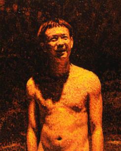マージナル・マン - 街灯を浴びる男 Marginal man - A man standing under streetlight